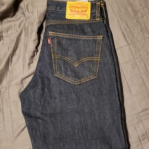 Levi Pants 550
